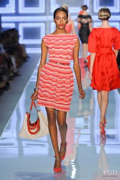 Photo - Christian Dior - Spring/Summer 2012 Ready-to-Wear - paris - Fashion Show | Brands | The FMD #lovefmd