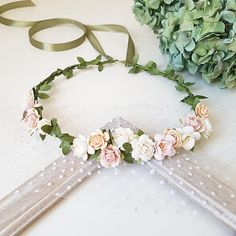 Delicate floral composition! Perfect for your wedding, photoshoot or other celebrations. Very nice blush colors ❤ The size of the wreath is adjustable with the ribbon. Lightweight and durable. The item will be gift packed. ------------------------------------- Color: Shades of color