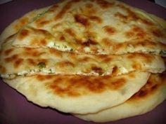 """""""Khachapuri"""" este o plăcintă tradițională georgiană foarte gustoasă, care se… Georgian Food, Romanian Food, Cooking Recipes, Healthy Recipes, Good Food, Food And Drink, Favorite Recipes, Snacks, Baking"""
