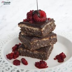 Čoko-kefírový koláč s lískooříškovým krémem