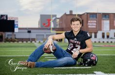 Senior Session Investment Guide from Crockette's Images Football Family Pictures, Wrestling Senior Pictures, Baseball Senior Pictures, Football Couples, Football Poses, Senior Pictures Sports, Soccer Senior Pics, Sports Photos, Senior Football Photography