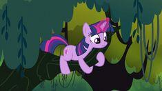 My Little Pony Characters, My Little Pony Comic, My Little Pony Pictures, Sparkle Pony, Little Poney, Mlp Pony, My Little Pony Friendship, Twilight Sparkle, Dinosaur Stuffed Animal