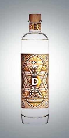 Rum Bottle, Liquor Bottles, Gin Brands, Gin Gifts, Gin Tasting, Gin Recipes, Glass Packaging, Label Design, Package Design