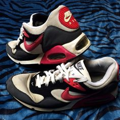 Nike Air Max These shoes are worn, but they still are in great condition. Any questions just ask! Smoke free home  Other brands in my closet: Buckle, Calvin Klein, Arrow, Gap, Carbon, True Rock, American Eagle, WII console, Miss Me, Aeropostale Nike Shoes Athletic Shoes