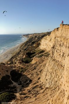 Torrey Pines Gliderport and the Ho Chi Minh Trail San Diego // localadventurer.com