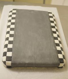 Here's a step-by step guide to how to make the race track base I made for my Lightning McQueen cake . You could use this idea to make a ra...
