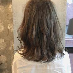 HAIR(ヘアー)はスタイリスト・モデルが発信するヘアスタイルを中心に、トレンド情報が集まるサイトです。20万枚以上のヘアスナップから髪型・ヘアアレンジをチェックしたり、ファッション・メイク・ネイル・恋愛の最新まとめが見つかります。 Medium Layered, Ombre Hair Color, Makeup Inspo, Hair Inspo, Hair Goals, Hair And Nails, Cool Hairstyles, Short Hair Styles, Hair Cuts