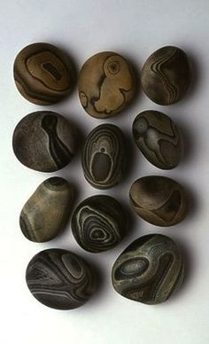 Agate stones found in northwest India by Jurgen Lehl, featured in his book Babaghuri.  #stones #agate  --MARKER