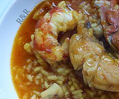 Con este arroz el otro día me cayeron las lágrimas. Bueno, no fue así pero casi. Lágrimas de gusto, de sabor, de intenso sabor a mari...