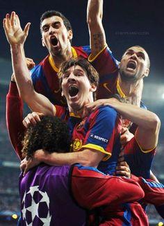 Barça: Messi, Busquets, Alvés.