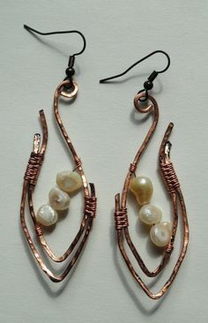 Handmade hammered copper earrings with fresh by Dreswireddesigns, $16.00