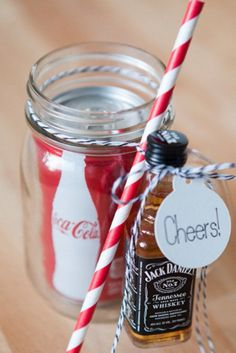 19 Straight-Up Awesome Wedding Ideas You'll Wish You Thought Of First frugal wedding Ideas #frugal #wedding