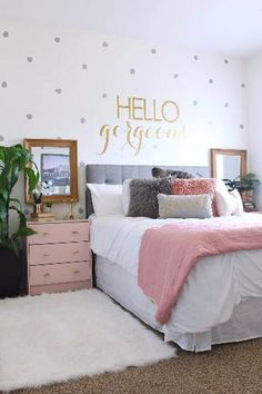 Ideas of Teen Girl Bedrooms, a Astounding pin 4263090402 - A super coooool and spectacular collection on teen room decor tactic. Girl Bedroom Designs, Room Ideas Bedroom, Home Decor Bedroom, Bedroom Wall, Diy Bedroom, Bedroom Furniture, Magical Bedroom, Mirror Bedroom, Bedroom Night