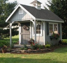 Love the colors of this garden shed. #backyardshed #Freeplansforyourownshed
