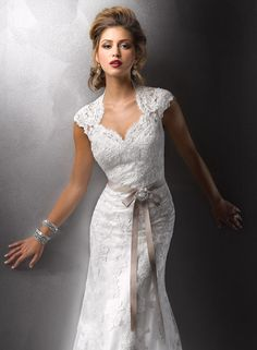 love the neckline and sleeves