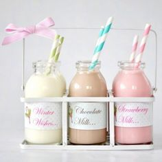 Have a milk bar for your wedding - a fun non-alcoholic drink station for the non-drinkers and kids Milk Shakes, Milk Cookies, Cookies Et Biscuits, Glace Fruit, Deco Cupcake, Beaux Desserts, Mini Milk, Cocktails, Flavored Milk