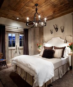 Love the color scheme in this rustic bedroom.  @Ryan Bigelow what do you think?