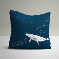 Beautiful navy cushion with a large whale in white and tiny fish swimming around the whale. Nautical Baby Bedding, Baby Nursery Bedding, Baby Boy Nurseries, Babies Nursery, Tiny Fish, Project Nursery, Nursery Ideas, Fish Swimming