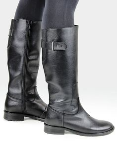 Vegan and vegetarian Women's Riding Boots in Black that are stylish, comfortable and ethically made in Europe form high-tech synthetic materials shipped worldwide form the UK. These are smart casual boots that can be worn at work and leisure. Vegetarian Shoes, Vegan Shoes, Vegan Vegetarian, Black Knee Length Boots, Knee High Boots, Smart Casual Boots, Vegan Fashion, Mens Fashion, Black Riding Boots