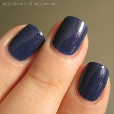 Dusty navy with red glassfleck shimmer