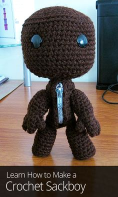 Are you a fan of LittleBigPlanet? Then this crochet pattern is for you! Learn how to make Sackboy out of yarn and take him on real-life adventures.
