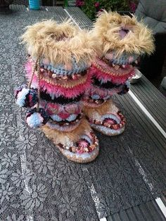 Crochet Funky Mukluks Boots by PattyLaBell on Etsy, €4.50/US dollars $6.00.