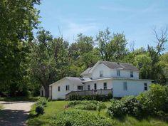 502 E County Road M  Edgerton , WI  53534  - $199,900  #EdgertonWI #EdgertonWIRealEstate Click for more pics