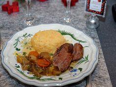 Ma Cuisine et Vous | Agneau de sept heures au Riesling, quatre épices et miel |  P réparation: 30  minutes      Cuisson: 7 heures      Ingrédients  (pour 8-10  personnes):    un  gigot d'agneau (environ 3,5 kg)   ...