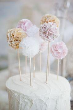 Blog pinhappy bolo de aniversário topper pompom