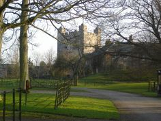 Appleby Castle In 1269 the castle was inherited by Roger de Clifford, and it would remain in the ownership of the Clifford family for nearly 400 years. In the mid 17th century, Lady Anne Clifford made the castle her home