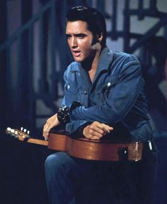Elvis Presley Come Back Special. A very special, handsome, giving to family, friends and his loving fans. He loved all especially Priscilla and Lisa Marie. Elvis' and Priscilla bond was one that couldn't be broken by anyone. Lisa Marie Presley, Priscilla Presley, Mississippi, Rock And Roll, Elvis 68 Comeback Special, King Creole, Cowboy Pictures, Nbc Tv, Jackson