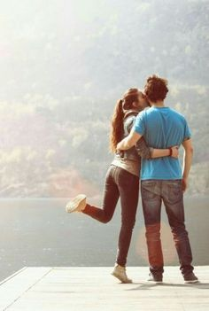 Super Ideas For Photography Travel Couple Relationship Goals - Couples Pre Wedding Poses, Wedding Couple Poses Photography, Pre Wedding Photoshoot, Wedding Couples, Cute Couples, Travel Photography, Creative Couples Photography, Couples Images, Fitness Photography