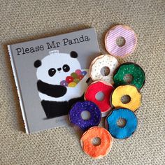 me manners Please Mr Panda story sack doughnuts (also make great threading game as well as props for counting and colour recognition). Flannel Board Stories, Felt Board Stories, Felt Stories, Flannel Boards, Preschool Literacy, Preschool Books, Literacy Activities, Literacy Bags, Story Sack