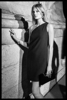 EDITORIAL - La Nuit Sur Le Pont - Women na Massimo Dutti online. Entre agora e descubra a nossa coleção de La Nuit Sur Le Pont - Women de outono inverno 2016. Elegância natural!
