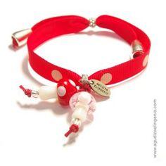 Pulsera moda Setitis lazo rojo lunares con setas de cristal rosa y roja  Fashion bracelet, streetstyle, outfit, ideas