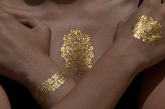 metallic gold tattoos / Skinjeweltattoos.com