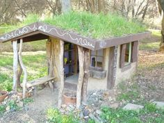 DIY kids playhouse stays naturally cool during hot summers