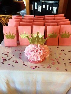Find the best princess baby shower favors! Get the top favor ideas that all your guests will love. Unique and creative princess baby shower favor ideas 3rd Birthday Parties, Diy Birthday, Birthday Crowns, Birthday Ideas, Birthday Gifts, Shower Party, Baby Shower Parties, Shower Favors, Shower Prizes