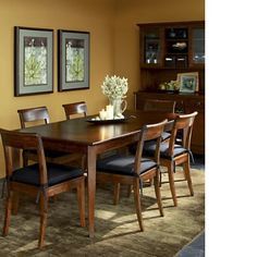 Basic dining table & chairs
