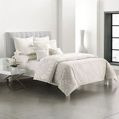 1000 Images About Bedroom Decor On Pinterest Comforter