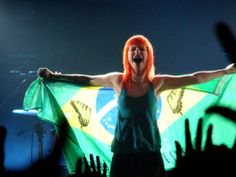Paramore no Brasil! Hayley Paramore, Paramore Hayley Williams, Old Music, Music Love, Music Music, Pop Punk, Britney Spears, Emo, Great Love