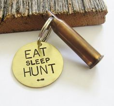 Hunting Keychain for Hunter Dad Husband Hunting Gift Christmas Eat Sleep Hunt with Arrow Gift for Man Personalized Gift Idea for Boyfriend