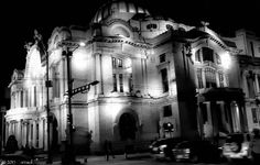 """Photo Carraol Images of Mexico City: Palace of Fine Arts .- """"Once the amateur's naive approach and humble willingness to learn fades away, the creative spirit of good photography dies with it.  Every professional should remain always in his heart an amateur."""" - Alfred Eisenstaedt  PHOTO FRIDAY THE CURRENT CHALLENGE Fri Mar 06, 2015 This week's challenge: 'City'. - See more at: http://www.carraolphotography.net/2015/03/palace-of-fine-arts.html#sthash.ittcei4j.dpuf"""