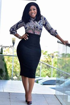 How to Look Classic Like Serwaa Amihere – 30 Outfits – Africavarsities Classy Work Outfits, Office Outfits Women, 30 Outfits, Classy Dress, Fashion Outfits, Dress Outfits, Outfit Work, Style Fashion, Curvy Fashion