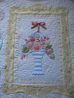 Bueatiful basket quilt, love the quilting. Machine Quilting Patterns, Longarm Quilting, Free Motion Quilting, Quilting Projects, Quilt Patterns, Quilting Ideas, Small Quilts, Mini Quilts, Quilt Inspiration