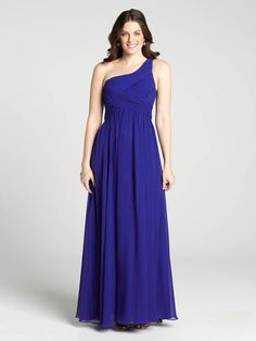 Searching for the best dress for your special occasion? We think this beautiful evening gown is truly the right fit. It features intricate pleating on the bodice and a one-shoulder detail. You'll show up to your soirée looking nothing short3010103-0456