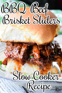 Slow Cooker, Slow Cooker Beef, Slow Cooker Meals, BBQ, BBQ Food, Barbecue, Sliders, Sandwich Ideas, Sandwich Recipes, Sandwich Sides Slow Cooker Bbq Beef, Slow Cooker Recipes, Beef Recipes, Crockpot Meals, Low Carb Dinner Recipes, Entree Recipes, Sandwich Recipes, Cheap Meals, Cheap Recipes
