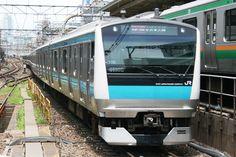 JR East Keihin-Tohoku Line 京浜東北線 E233 야마노테선과 병주하는 구간에서 낮시간에는 급행운행. 하마마츠초~우에노 구간 승차