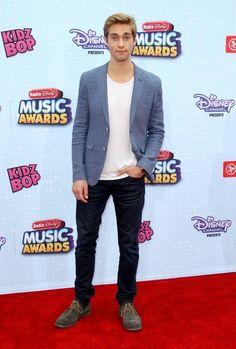 Austin North at the 2015 Radio Disney Music Awards