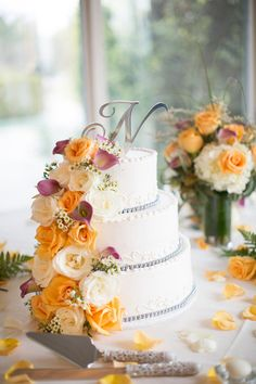 Beautiful wedding #cake with #peach roses! {Katrina Jayne Photography}